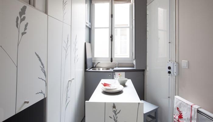 kitoko-studio-tiny-apartment-paris-10