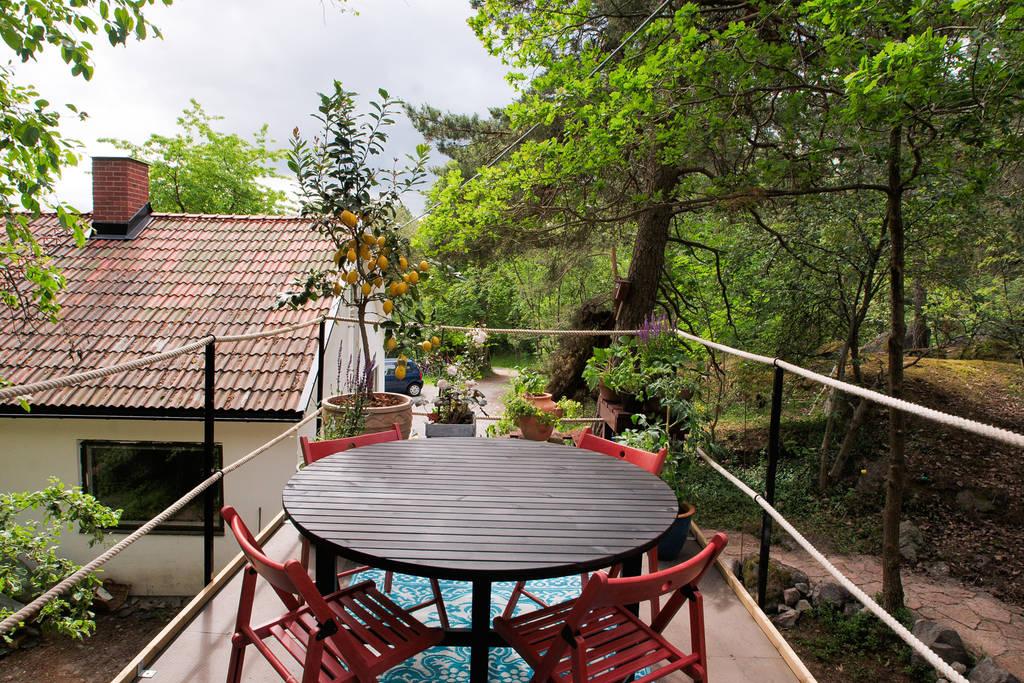 bus-rooftop-garden-15