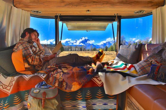 Airstream-Pendleton-Travel-Trailer-9
