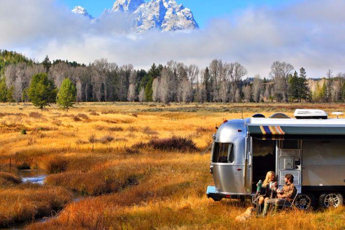 Airstream-Pendleton-Travel-Trailer10