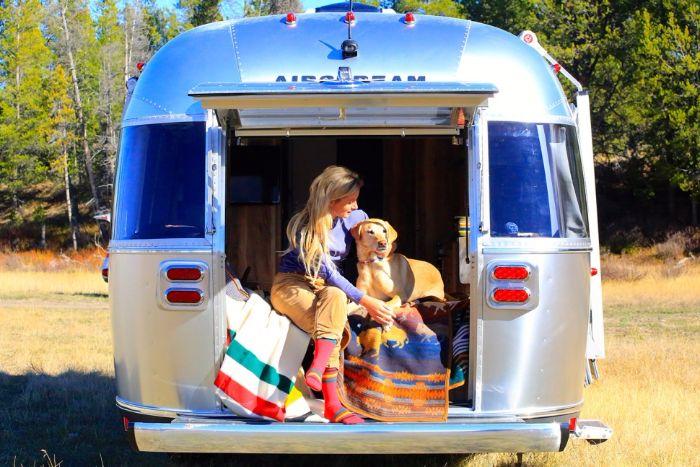 Airstream-Pendleton-Travel-Trailer11