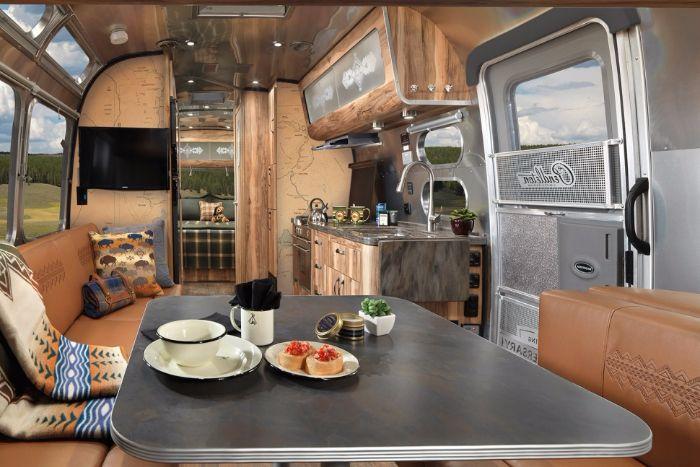 Airstream-Pendleton-Travel-Trailer12