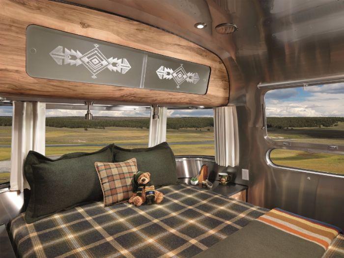 Airstream-Pendleton-Travel-Trailer7