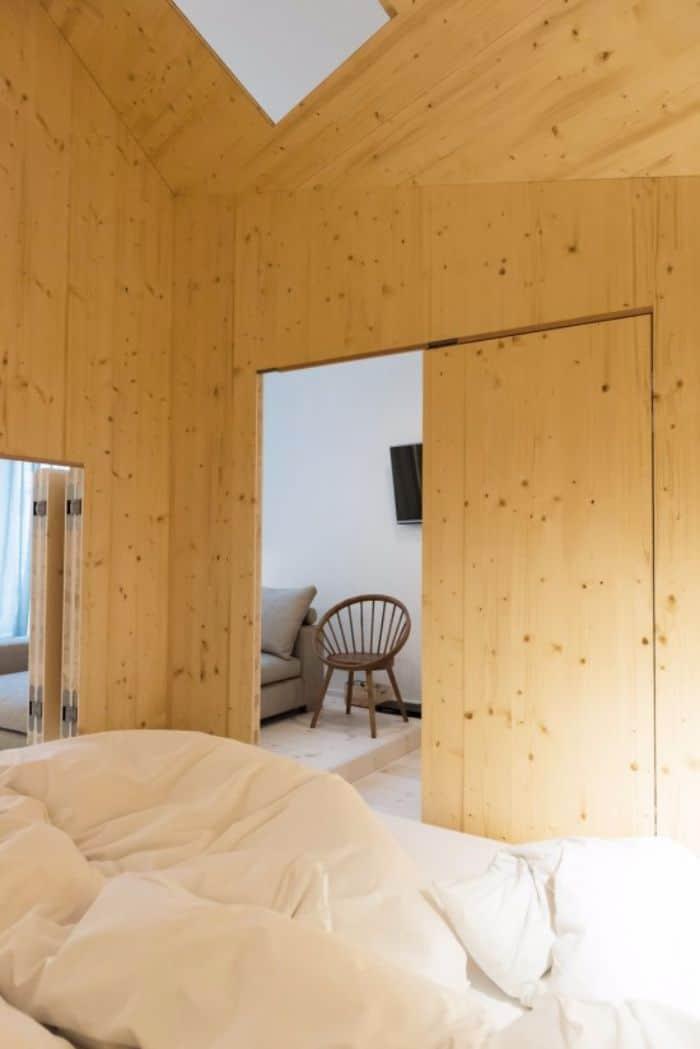 Room-304_Sigurd-Larsen_Michelberger-Hotel_Architecture-Danish-design-berlin_photo-x-James-Pfaff-7-550x824