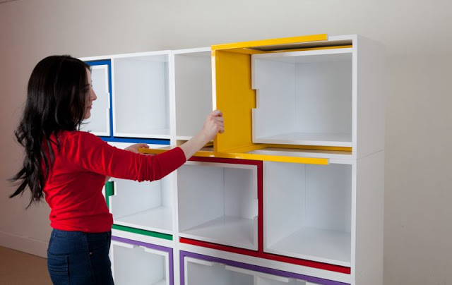 Reynolds2 1 - A bookcase with built in dining table