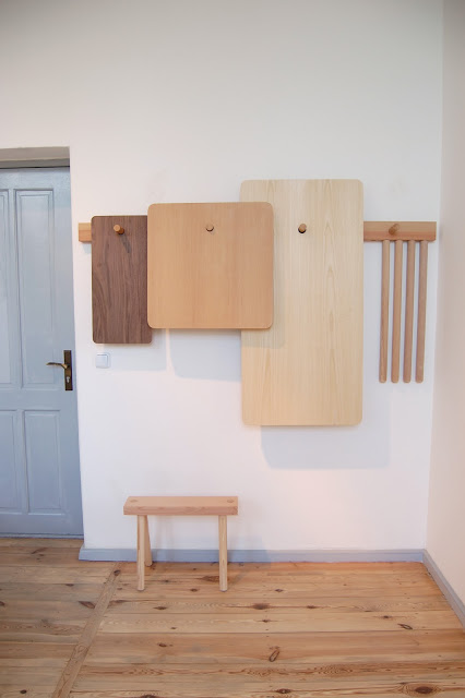 Wood4 1 - Hang your furniture on the wall