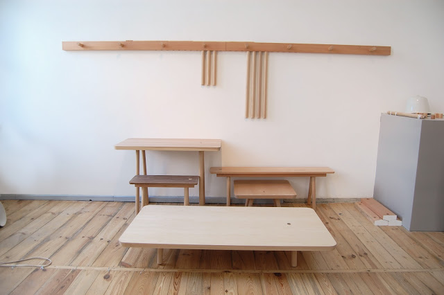 wood3 1 - Hang your furniture on the wall