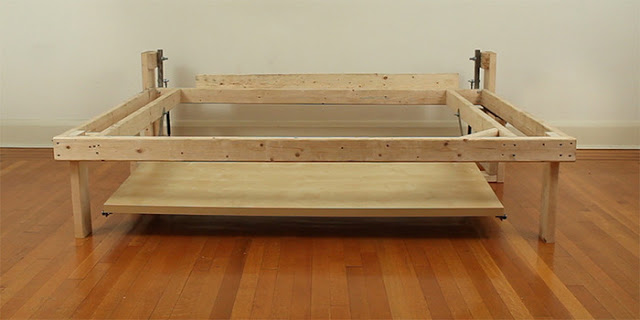 Phakos2 1 - Build a desk that turns into a double bed for $350
