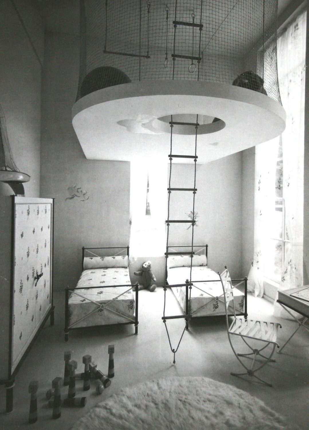 French Kids Room From 1937 With Space Saving Solution