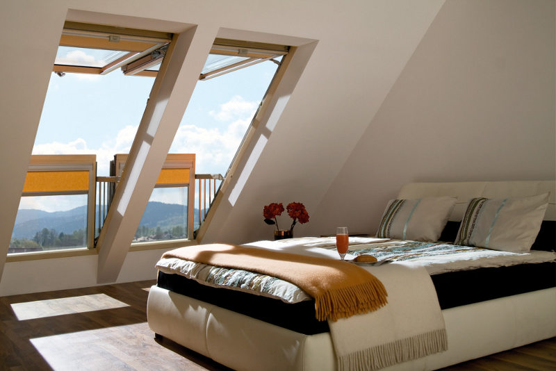 window-converts-into-balcony-3