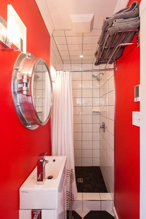 beach-style-bathroom-1