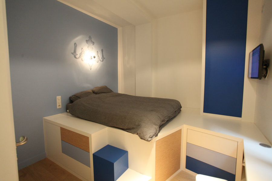 Beautiful Renovation Of Parisian Studio Apartment By Cyril