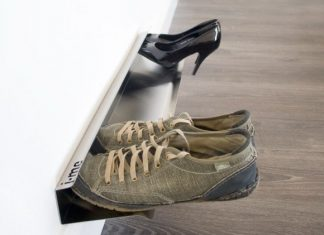 horizontal_shoe_rack_700mm_insitu