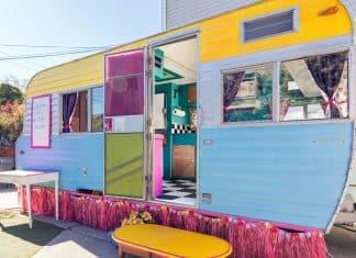 vintage-glamping-caravan-2