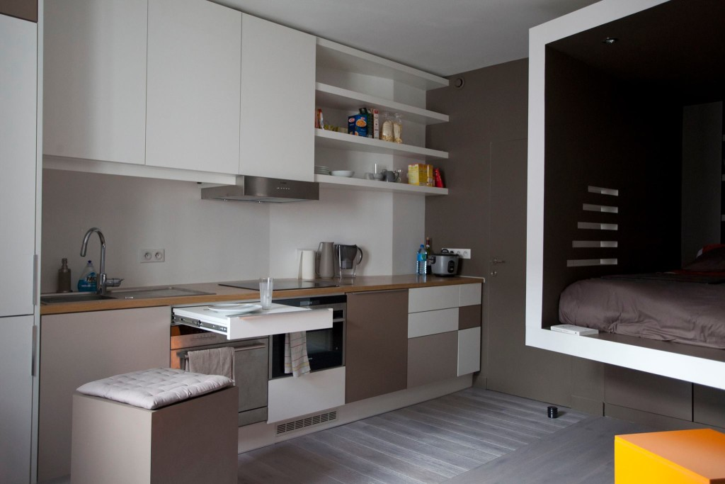 paris cyril rheims tiny apartment 4 - This 302-square-foot apartment feels much bigger than it actually is