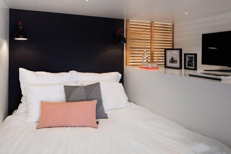 concrete-compact-hotel-room-loft-4