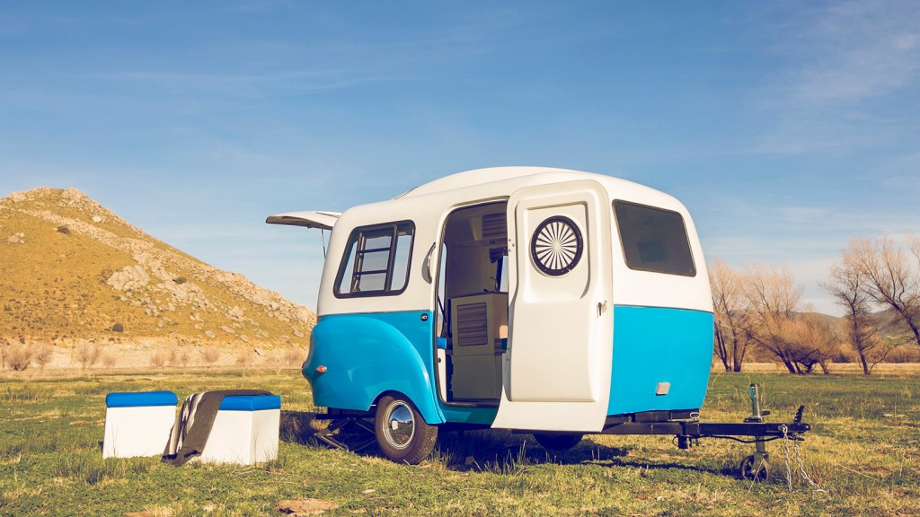 8fdcfea014 New ultra-light camper trailer with Lego-like modular interior ...