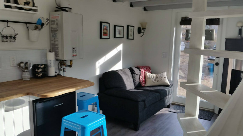 tiny house esket 7 - The Esk'et tiny house is a gorgeous work of art (and has a really cool spiral ladder)