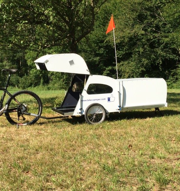 Bike-camper with extendable rear pod - Living in a shoebox