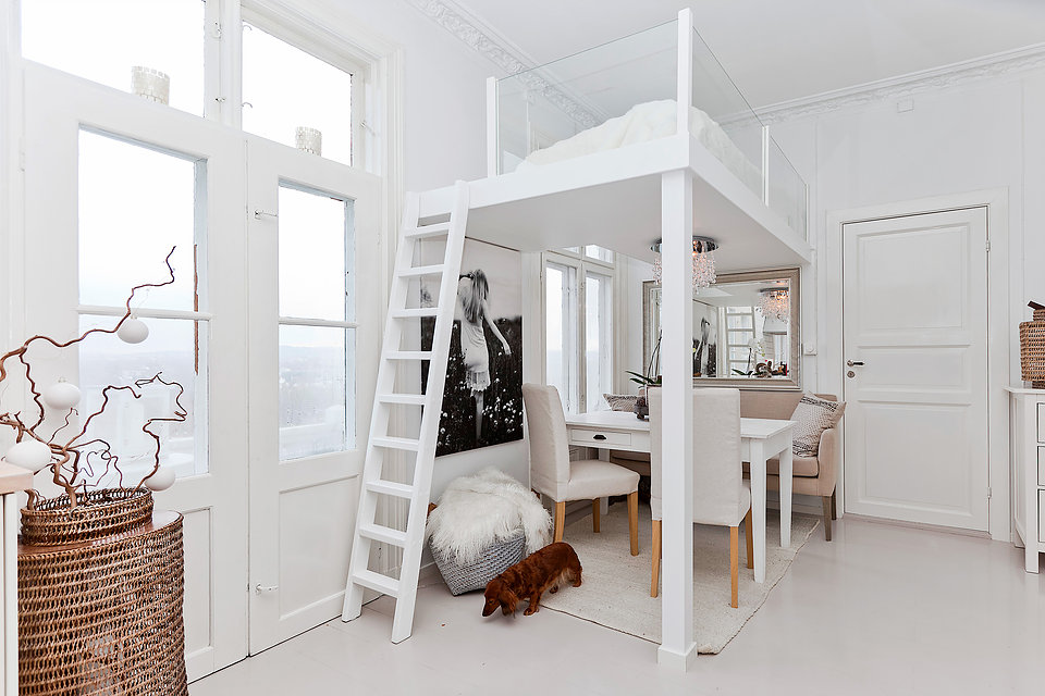 Surprising Loft Bed Over Dining Table 5 Living In A Shoebox Download Free Architecture Designs Scobabritishbridgeorg