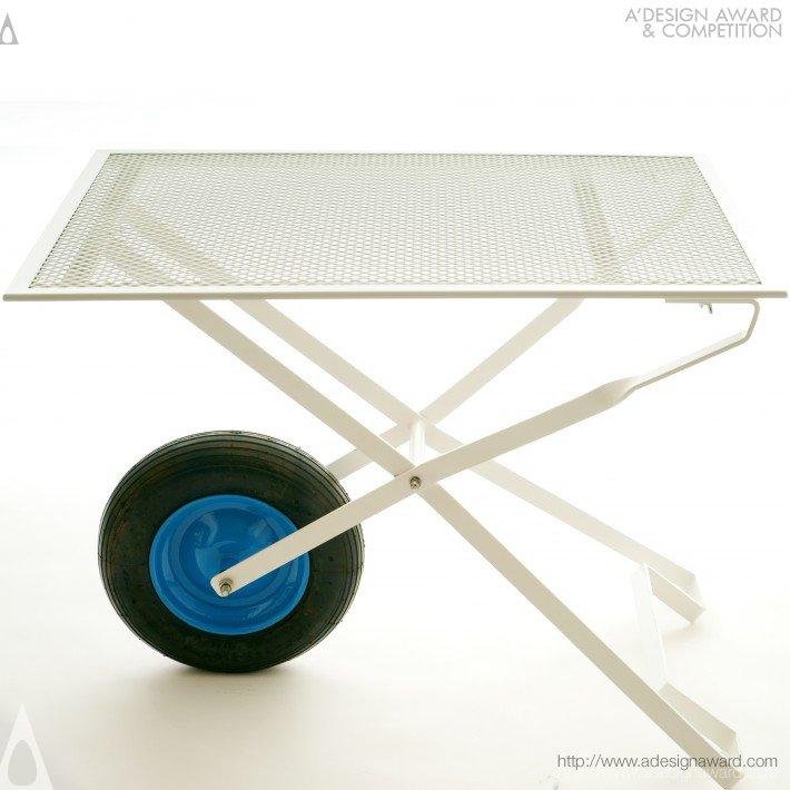 CLINO Wheelbarrow Table by DARIO ROSE