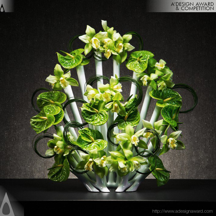 Peacock Vase by Aprilli