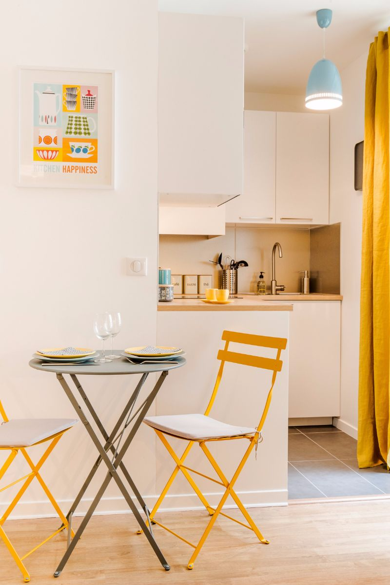 Marion Alberge montmartre-marion-alberge-studio-appartment-3 - living in a shoebox