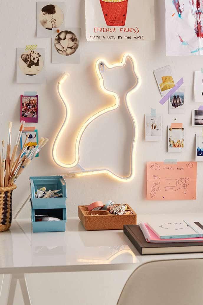 led-cat-light