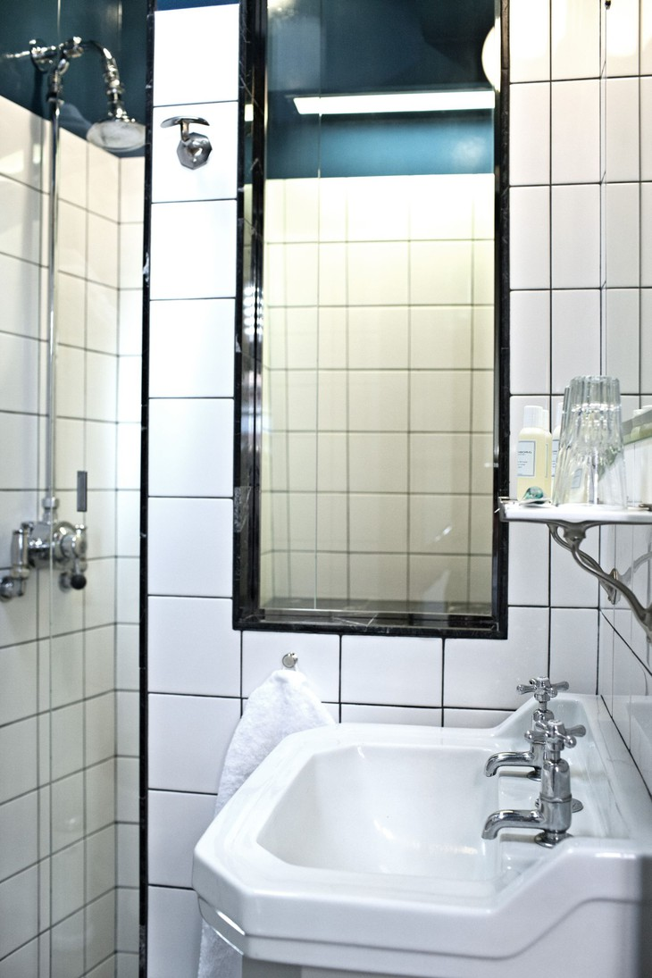 worlds-smallest-hotel-copenhagen-central-10