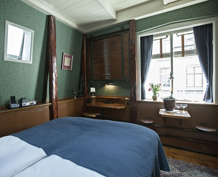 worlds-smallest-hotel-copenhagen-central-6