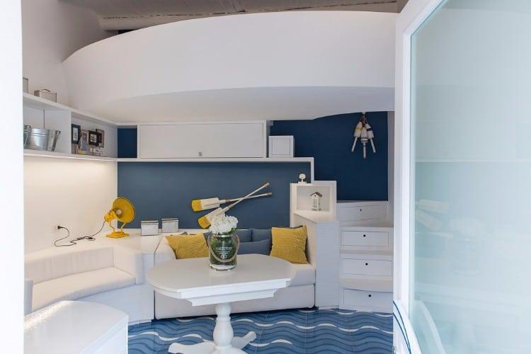 La barca studio ricciardi architetti 2 living in a shoebox