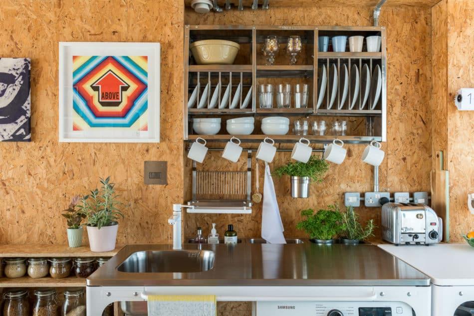 water-tank-apartment-modern-house-1