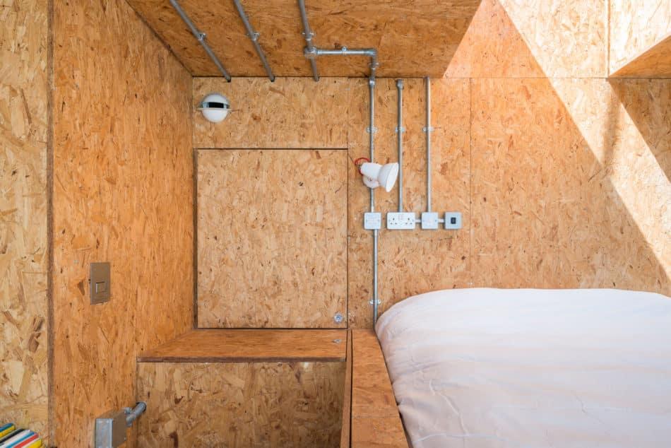 water-tank-apartment-modern-house-12