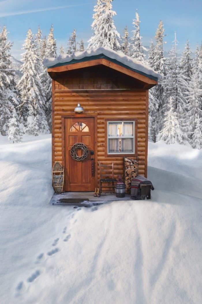 santas-cabin-14