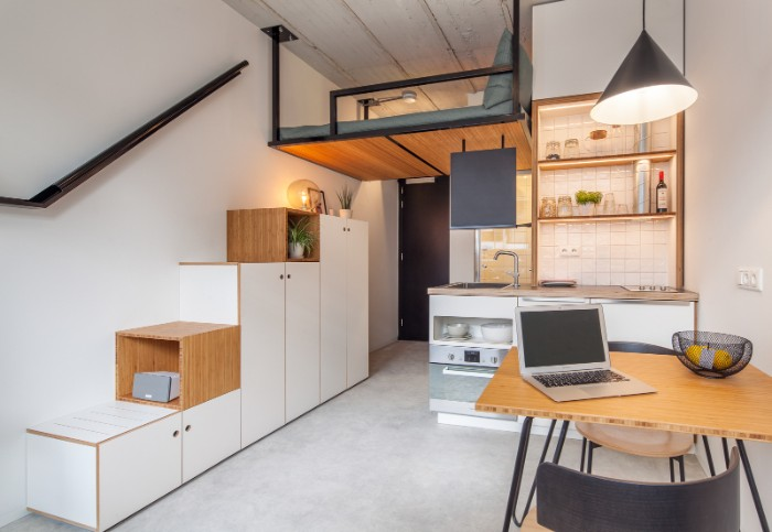 Standard Studio student housing Rotterdam 03 - This student apartment makes you want to go back to school