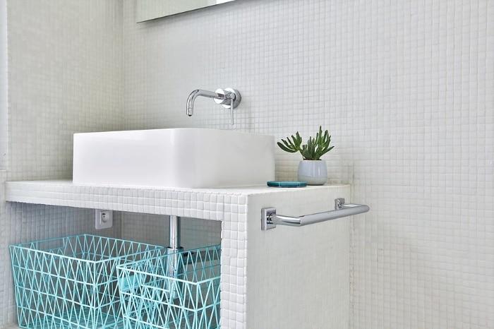 nordican apartment 6 - 20 m2 Parisian studio apartment features soft tones and stunning mosaic tiles