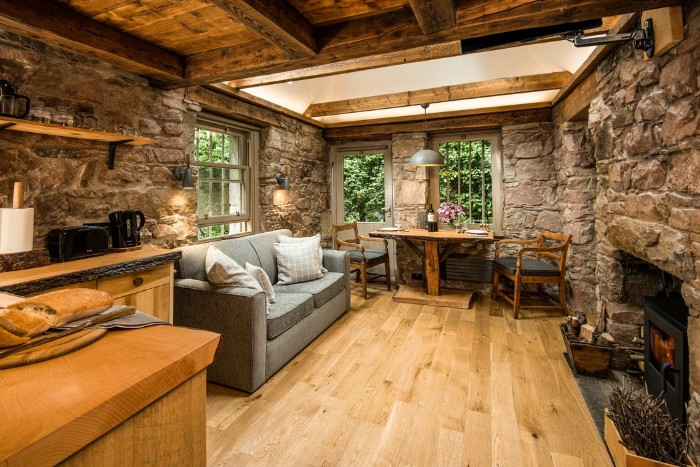 Dovecot cottage 2 - Once home for hundreds of pigeons, the Dovecot Cottage is now a charming holiday abode