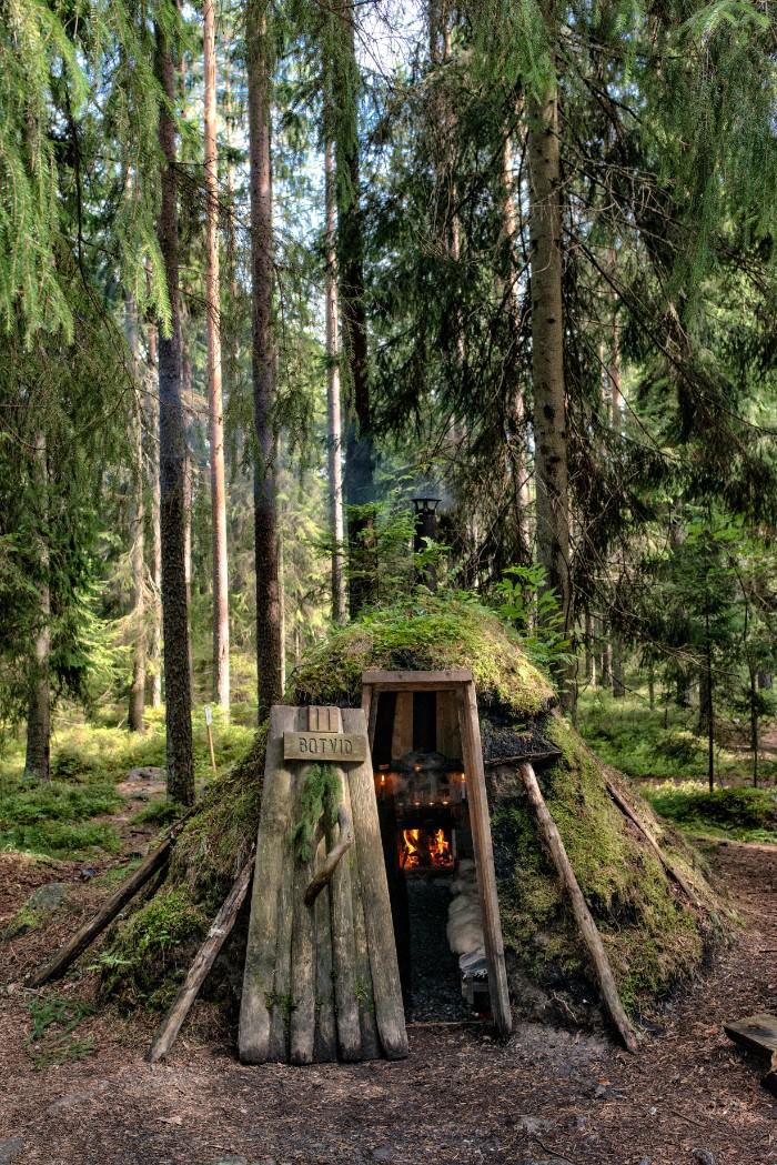 Johan van Helvert Kolarbyn 5220 - Sweden's most primitive hotel offers stays in charcoal burners' huts