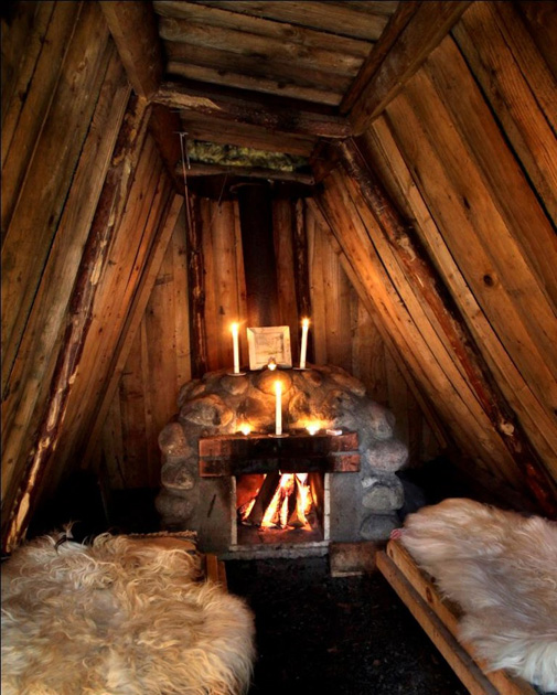 Kolarbyn interior 01 - Sweden's most primitive hotel offers stays in charcoal burners' huts