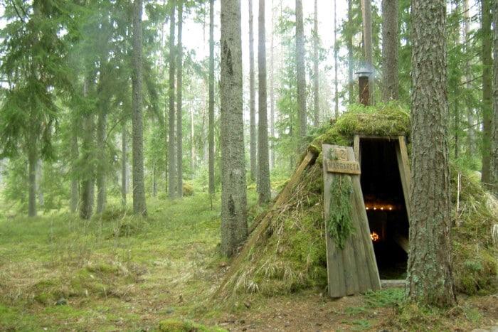 WildSweden kolarbyn 01 - Sweden's most primitive hotel offers stays in charcoal burners' huts