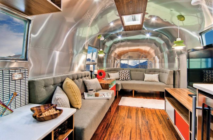 Western Pacific Airstream by Timeless Travel Trailers Living4 - Rare Airstream trailer gets a stunning mid-century style restoration