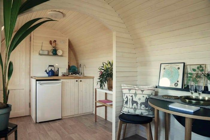 Wooden-cabin-14