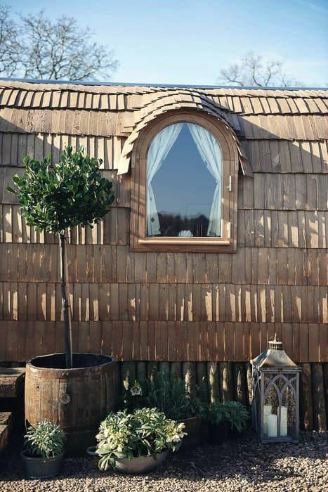 Wooden-cabin-21
