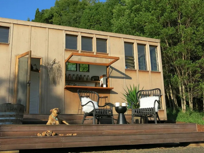 Terrific 15 Amazing Tiny Houses You Can Rent On Airbnb Living In A Download Free Architecture Designs Itiscsunscenecom