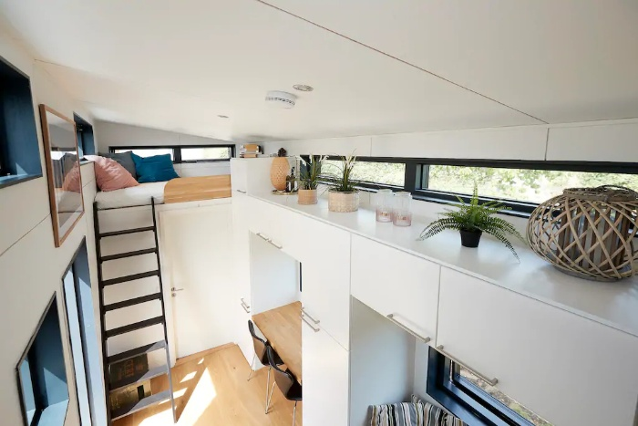 15 amazing tiny houses you can rent on Airbnb - Living in a