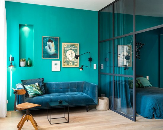 blue velvet studio apartment 8 - A small French apartment awash in bold blue hues