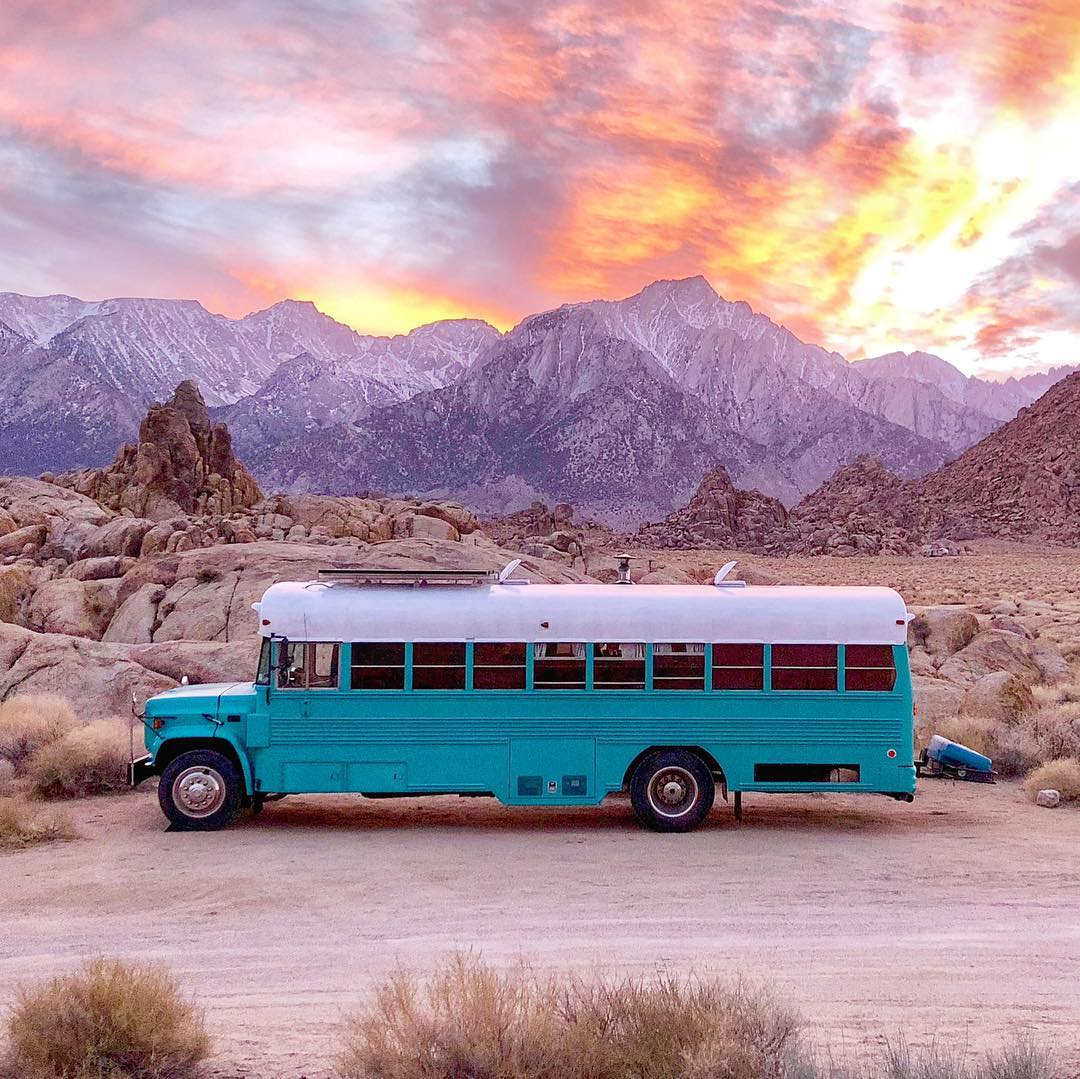 49476673 527903807693468 1734589097164572986 n - Retired prison bus was converted to gorgeous off-grid home