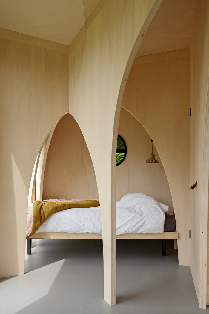 eco cabin 4 - This tiny cabin boasts a stunning timber domed interior