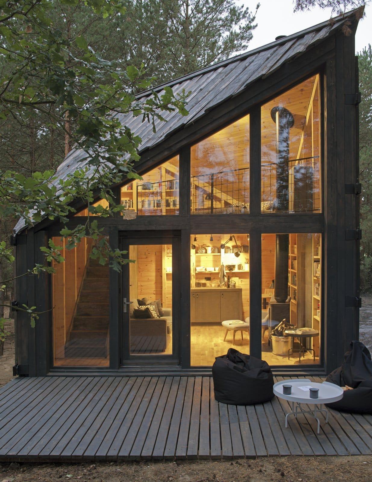 cabin-book-lover-1