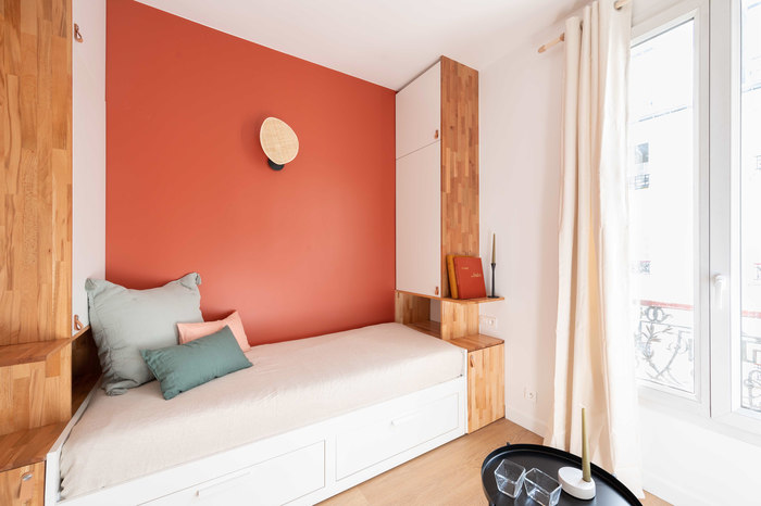 tiny french studio 1 - Tiny worn-out 14m2 studio transformed into cosy abode